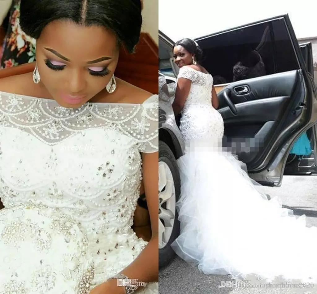 Plus Rozmiar Arabski Nigeryjczyk Suknie Ślubne Bateau Neck Frezowanie Wielopoziomowe Krótkie Rękawy Długa Kaplica Train Tulle Mermaid Suknie ślubne