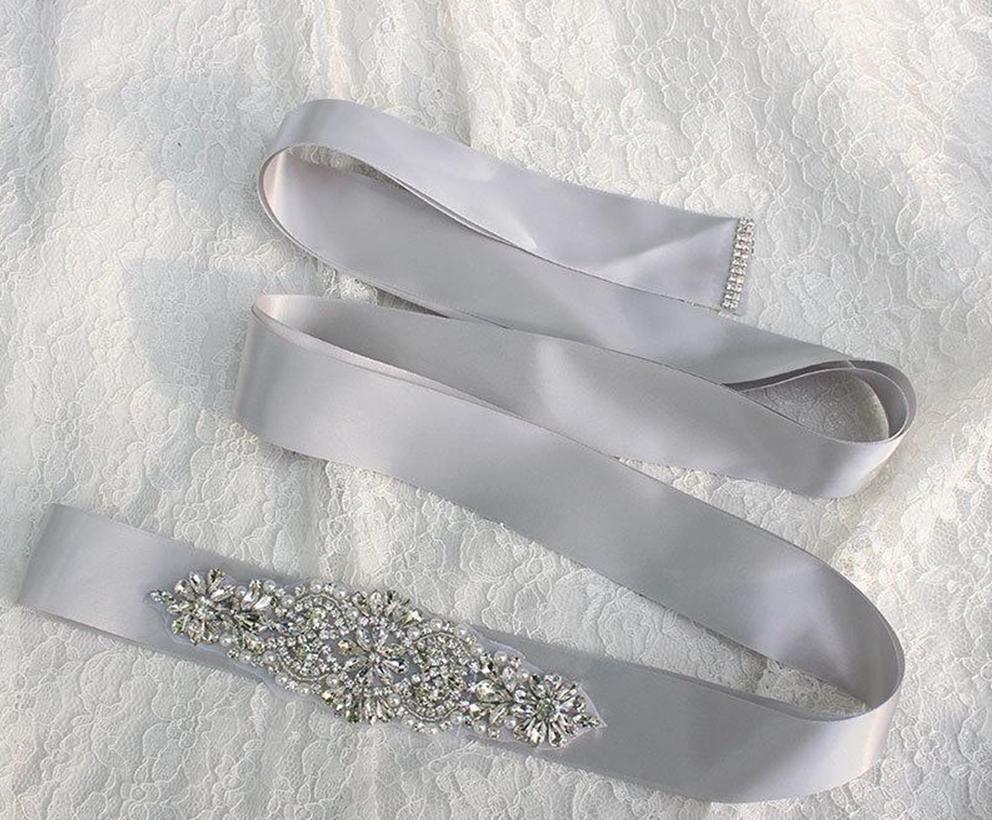 2017 Yeni Gelin Sashes Kristal Boncuk 100% Gerçek Görüntü Beyaz Siyah Yeşil Pembe Stokta Gelin Kemerleri Düğün Akşam Parti Ücretsiz Nakliye Için