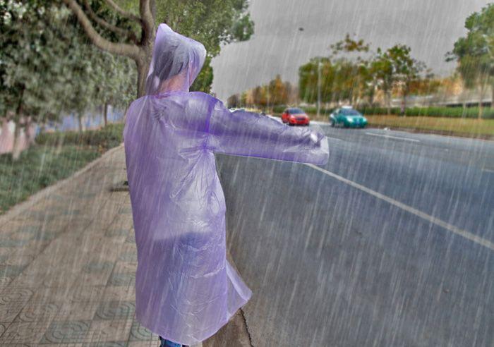 Hot One-time impermeabile Poncho monouso Rainwear Viaggi Rain Coat Rain Wear adulto Siamese creativo trasparente PVC impermeabile di plastica portatile