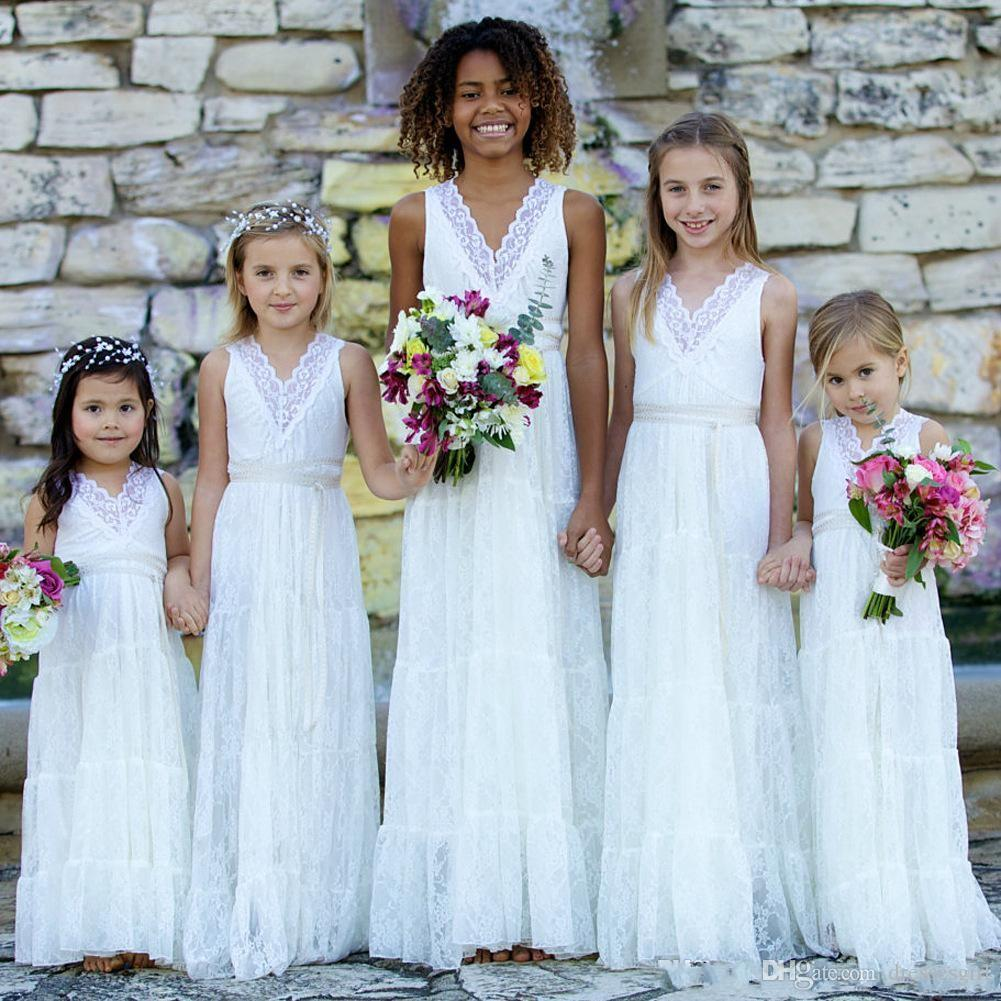 bec2a283ea9 Pretty Lace Flower Girl Dresses 2018 Long Junior Bridesmaid Dress Bohemian  Garden V Neck First Communion Dress For Little Girls Flowers Girl Dress Girl  ...