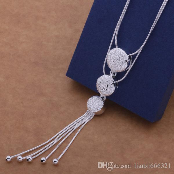 Envío gratis con número de seguimiento Mejor más venta caliente Delicado regalo de la mujer de la joyería 925 Collar de la borla de 3 cuentas de plata
