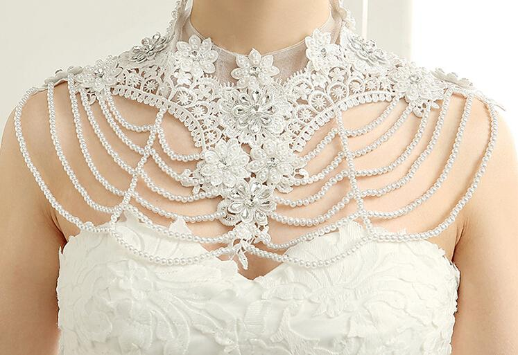 Crew Neck Lace Appliques Wraps Rhinestone Beaded Bridal White Lace Wedding Shawl Jacket Bolero Beaded Crystal Jewery For Wedding Top Sale