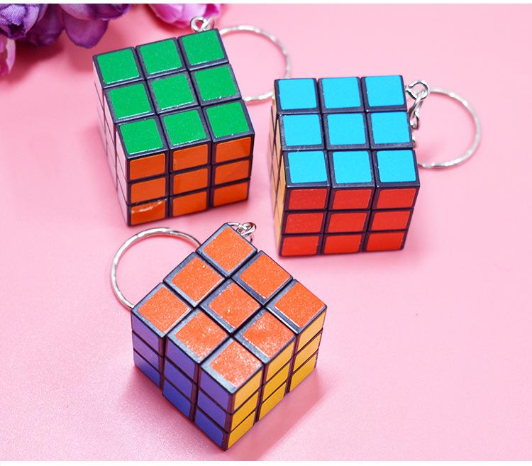 Hot Sale Fashion Cool Mini Toy Key Ring Magic Cube Game Puzzle Key Chain Carrying 3cm