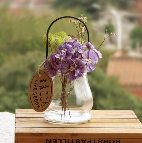 ガラス花瓶鉄のハンドル家の装飾卓上花の花瓶の手の吹きザッカシンプルなデザインの植木鉢の花瓶の結婚式の装飾的な花瓶