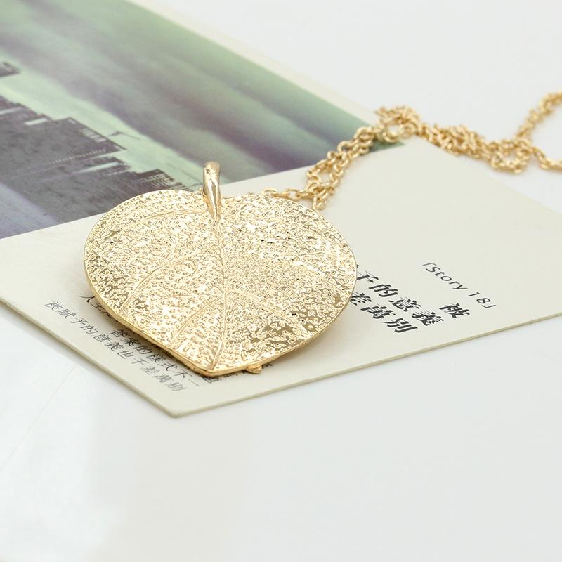 European Vintage Punk Gold Leaf Leaves Pendant Necklace Chain Alloy Pendants Necklaces For Women Jewelry Valentine's Day Gift
