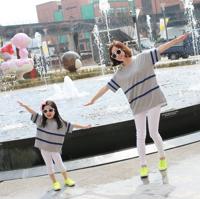 89f49902571 Family Dresses Alikes Mom Kids T Shirts Short Sleeeve Striped Irregular  Korean Style Tee Family Tops Tees Girl Loose Shirts Gray J4787 Family  Clothing T ...