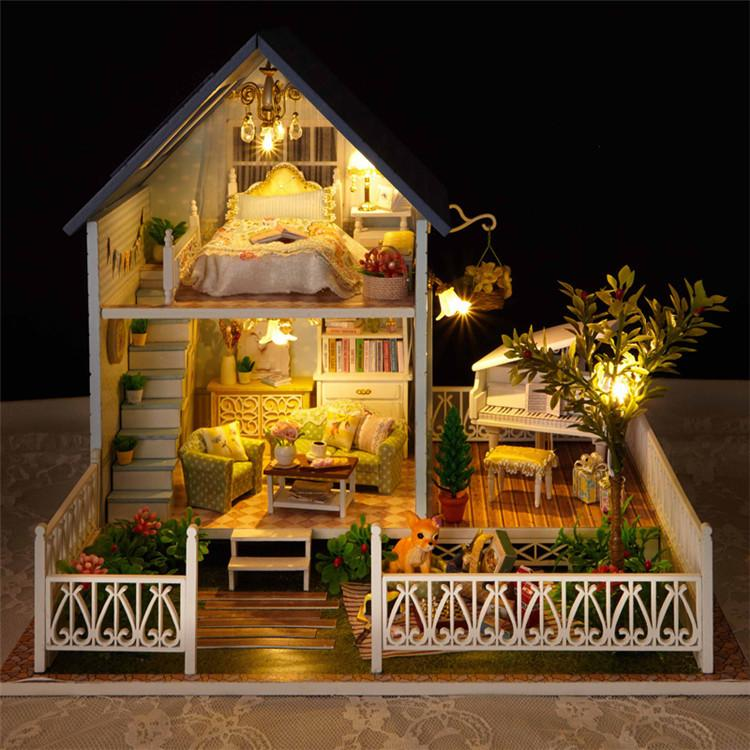 Assembling DIY Wooden Dollhouse Miniatures With Furniture