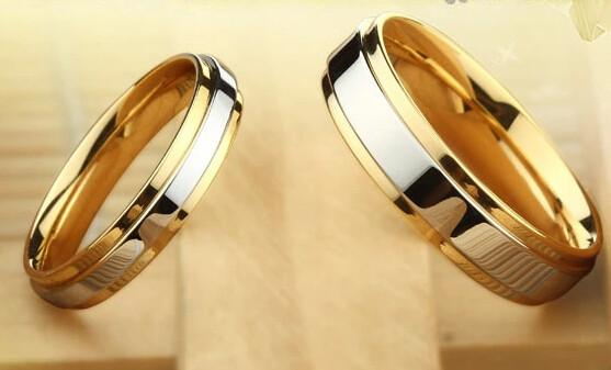 2018 Top Quality18k Gold Plated Pure Titanium Wedding Couple Ring