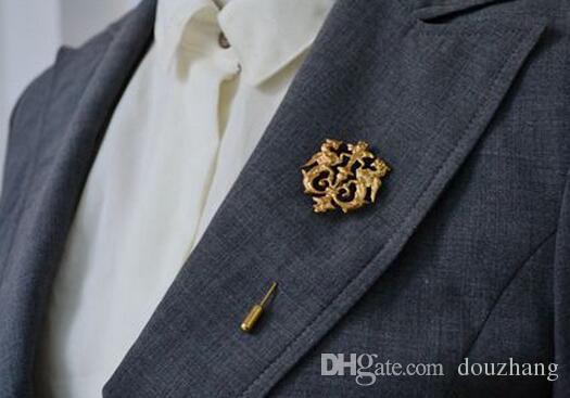 도매 를 Unisex 3 색 드래곤 쉴드 브로치 정장 셔츠 그랬 옷깃 스틱 핀 체인 브로치 쥬얼리 남자 선물