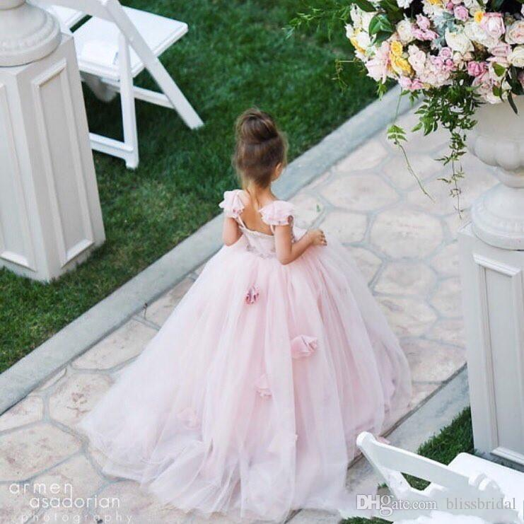 Vintage Princess Ball Gown Pink Flower Girl Dresses Spghaetti Straps Hand Made Floral 3D Long Tulle Kids Party Gowns