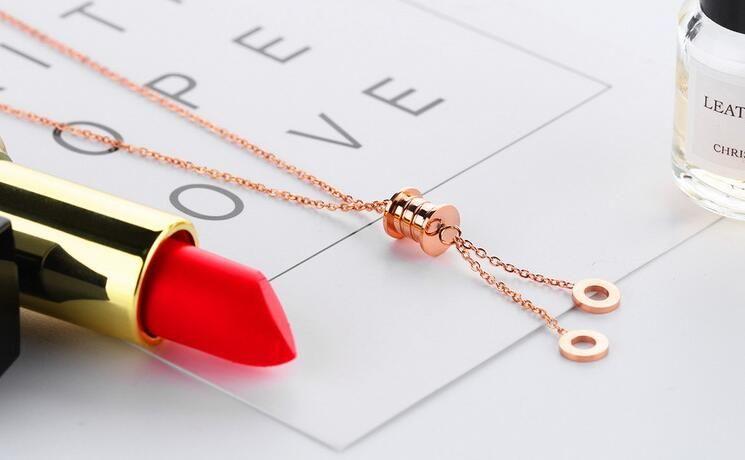 Europe and the United States fashion geometric circle pendant tassel long pendant Ms. necklace titanium steel rose gold necklace