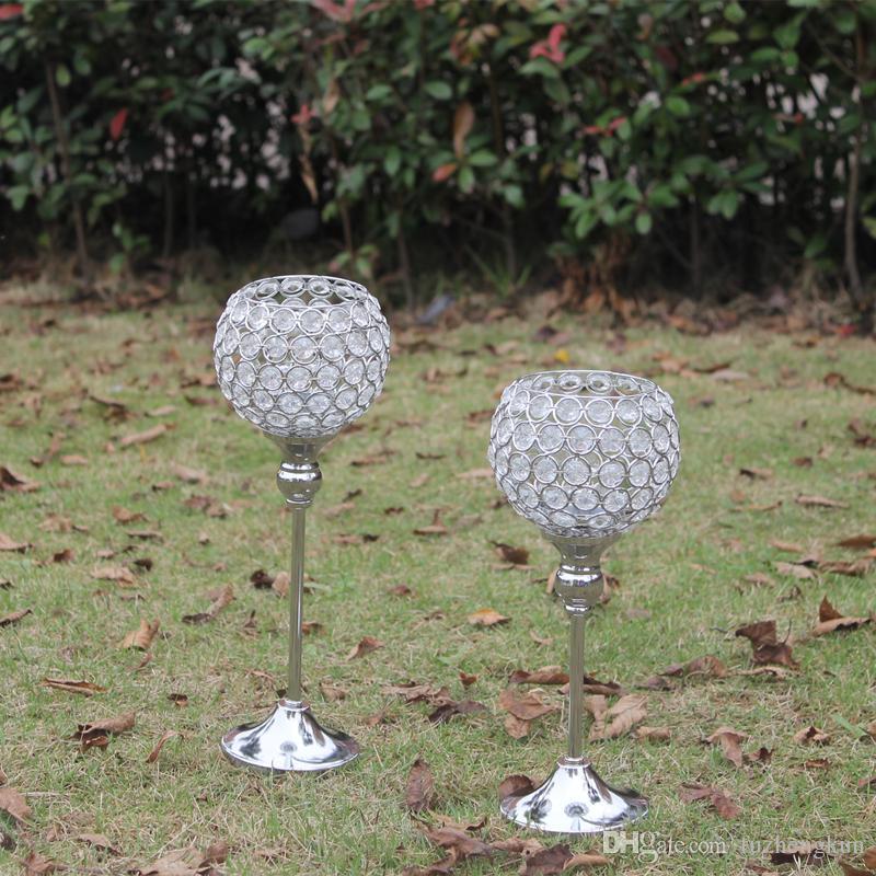 Bezpłatny brzeg metalowy posrebrzany świecznik z kryształami. Ślub Candelabra / Centerpiece Decoration, 1 zestaw = 2 szt. Świecznik