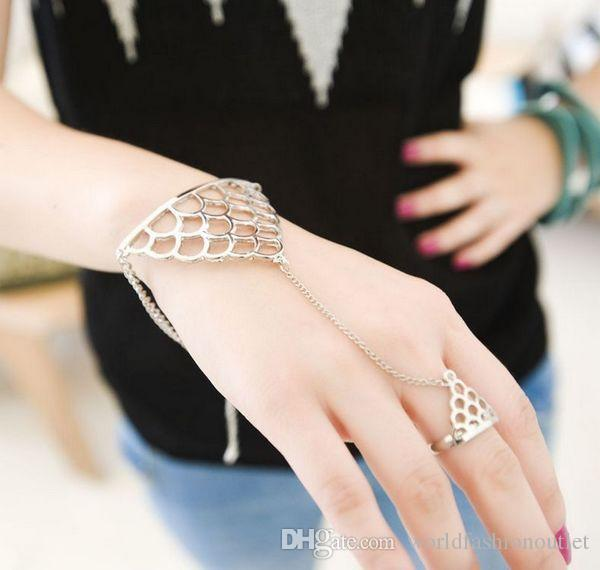 Hot Women Jewelry Stylish Fish Scale Metal Hand Chains Bracelet Bangle With Finger Ring Link Punk Rock Brand Design For street snap Free DHL