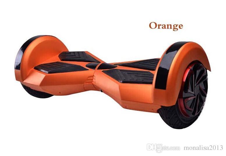 Les roues d'équilibre intelligentes de 8,5 pouces auto équilibrant les scooters électriques 36V scooter de deux roues avec Bluetooth hoverboard hovertrax 4.4AH