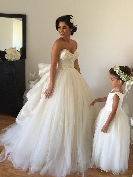 Элегантный бальное платье белые свадебные платья 2015 с плеча многоуровневого Ruched Сделано в Китае высокое качество кружева аппликация свадебные платья