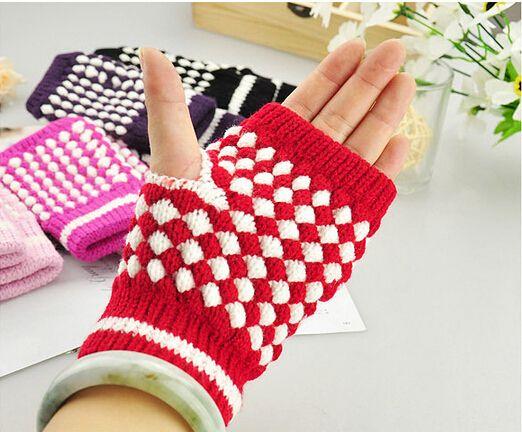 MOQ=50 зима высокое качество женщина мужчина шерсть перчатки без пальцев компьютер набрав перчатки ананас волшебные перчатки ананас половина перчатки точка 6 цветов
