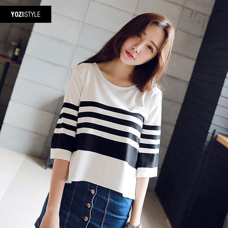 2018 Sweater Female 2015 Summer New Korean Women Round Neck Sleeve Black  And White Striped Shirt Tide A115g From Fen02, $44.23