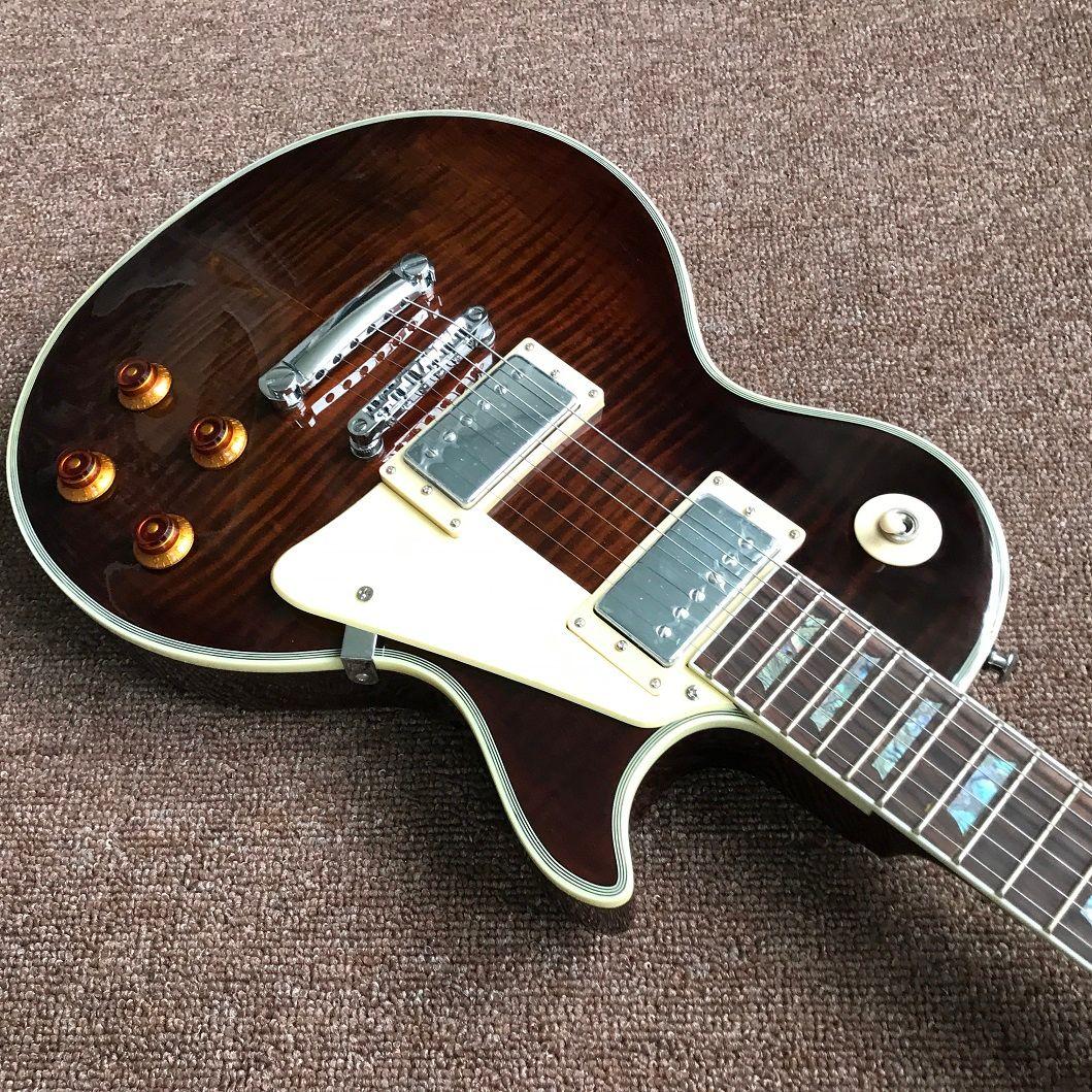 Nuovo arrivo vendita calda chitarra personalizzata chitarra elettrica in colore marrone con cromehardware, intarsi colorati, Guitarra di alta qualità