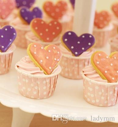 Tamaño grande 10,Tazas para hornear Puntos lindos Color sólido Pastel de navidad Boda navideña Diseño hermoso Estuches de papel a prueba de grasa de cupcake