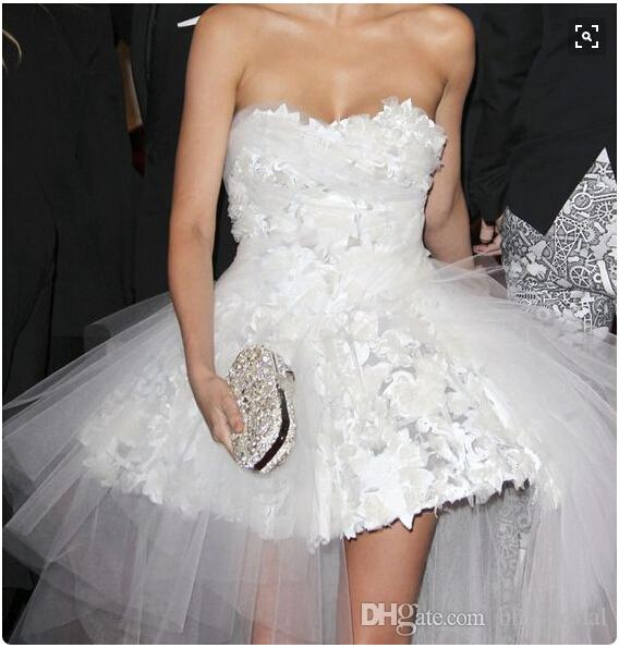 2016 Mirada Kerr Celebrity Evening Dresses Strapless Tulle Sexy White Short Prom Gowns Cute Junior Party Gowns Ball GOWN
