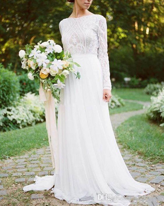 Robes de mariée pays bohème avec des manches longues col bateau une ligne dentelle appliques en mousseline de soie robes de mariée boho pas cher