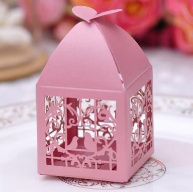 Romantic Hollow out Wedding Gift Box Elegant Luxury Decoration Laser Cut Party Sweet Favors Guest Gift Wedding Paper Candy Boxs red pink 171