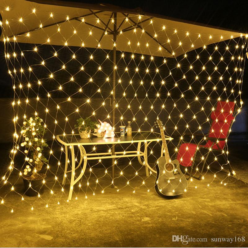 Acheter Lumières De Noël LED String Lights 3 * 2m 6 * 4m Net Mesh Fée  Twinkle Lampe Flash Accueil Jardin De Noël De Mariage Arbre De Noël Parti  Decora De ... - Acheter Lumières De Noël LED String Lights 3 * 2m 6 * 4m Net Mesh