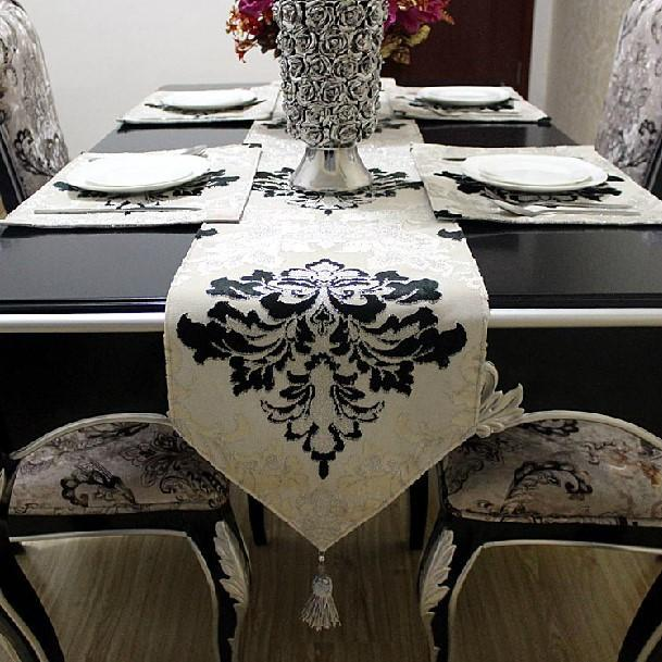 2015 Floral Woven Home Hotel New Sale And Silver Lace Table Runner Velvet  Tablecloth Bed Flag Placemats Coffee