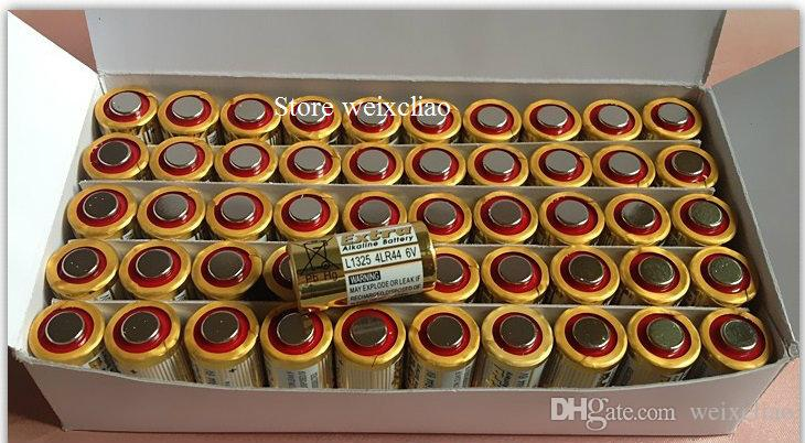 1 parti 4LR44 476A 4A76 A544 V4034PX PX28A L1325 6V torr alkaliskt batteri 6 Voltbatterier Gratis frakt