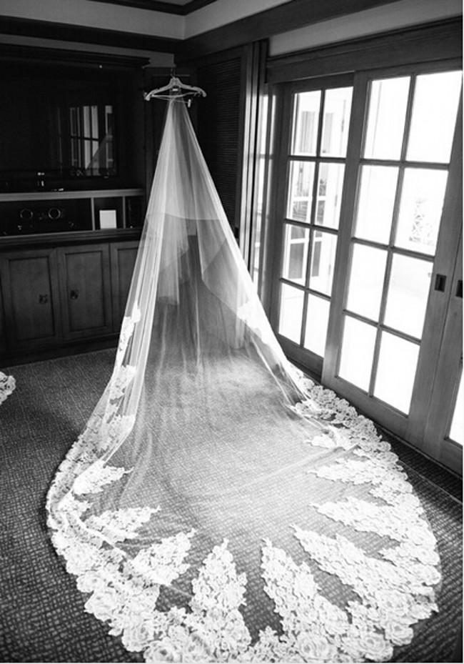 Luxury 5 M Single Layer Lace Tulle Wedding Bridal Veils For Beach Garden Wedding Chapel Train Luxury Vintage Bridal Wedding Veils