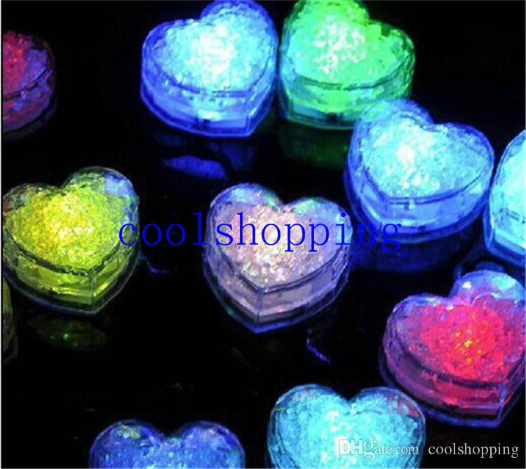 Changing Color Novelty Gadget LED Light Ice Cubes Hear Clear Ice Cubes Decor LED Luminous Flash Light Ice