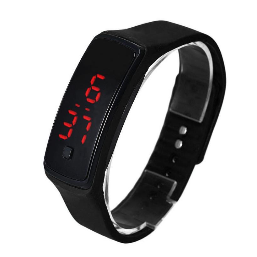 2e3204c8ca8 Compre Incrível Moda Ultra Fina Homens Relógio Esportes Silicone Digital LED  Esportes Relógio De Pulso Digital Relógio De A531205967