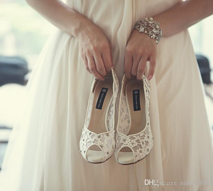 Bling Bling Flowers Wedding Shoes Pretty Stunning Heeled Bridal Dress Shoes Peep Toe White Lace Crystal Hand-crafted Prom Pumps