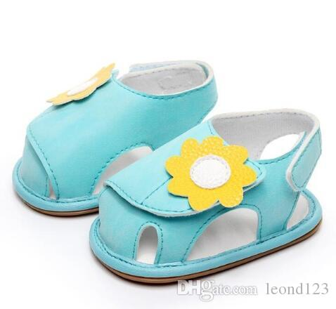 2ec9bf3098b08 2019 New Sweetly Baby Girls Sandals Rubber Bottom First Walker Shoes Flower  Decoration Newborn Baby Sandal For 0 24M From Leond123