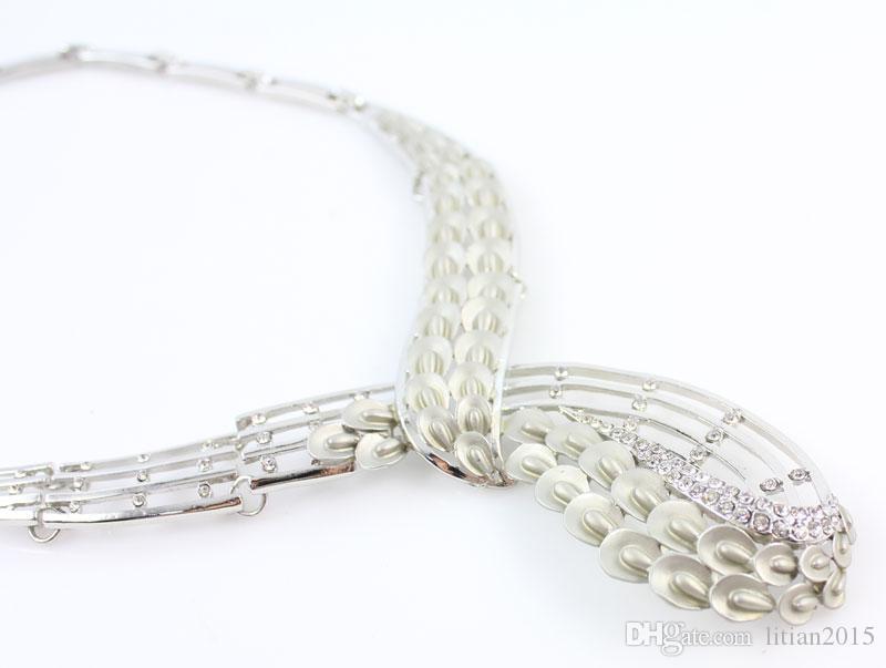 2015 Moda de Prata Banhado A Cristal Colar Pulseira Brincos Anel de Casamento Conjuntos de Jóias Africanas Nova Chegada Frete grátis