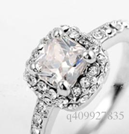 Fashion Womens Cushion Cut Swiss Zircon Engagement Wedding White Gold Ring Pave Crystal Promise Silver Band