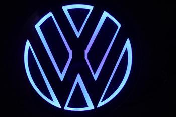 New Arrival 5d Vw Car Rear Front Badge Logo Bulb Brand