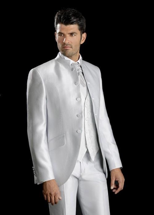新しいスタイリッシュなホワイトスタンドコラ5ボタングルーミングタキシードメンズウェディングドレスプロム服習慣メンズスーツ(ジャケット+パンツ+ネクタイ+ベスト)