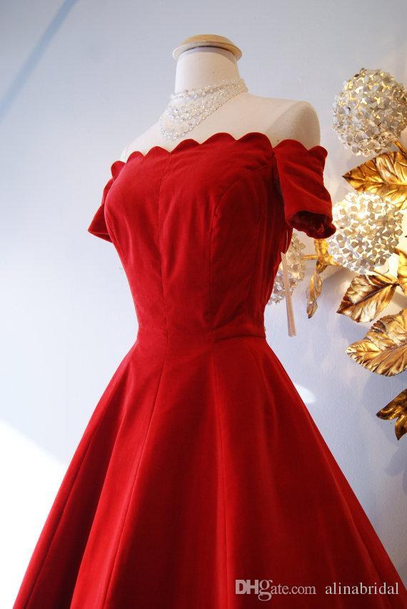 Retro 1950 de style des robes de bal / Vintage 50 de satin rouge hors de l'épaule robe de soirée à manches courtes thé longueur Robes 2015