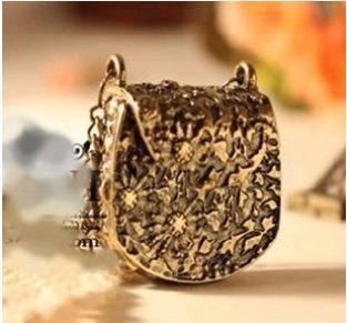 청동 펜던트 목걸이 Jewellry 액세서리 보석 매직 빈티지 독특한 가방 핸드백 상자 모양 새겨진 된 목걸이 펜던트 긴 체인 목걸이