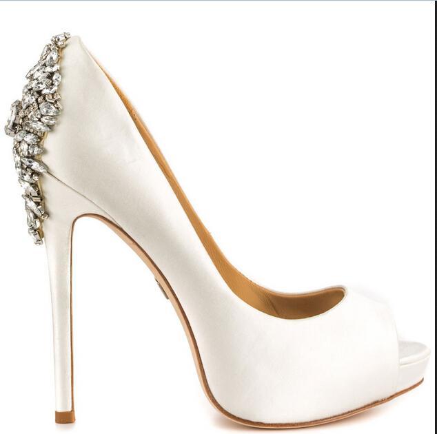 Blanc De Mariage De Mariée Chaussures Cristal Perles 2016 Nouveau Vente Chaude De Mariée Accessoires Chaussures De Mariée Chaussures 14 CM Haute Talons Sur Mesure Plus La Taille Chaussures