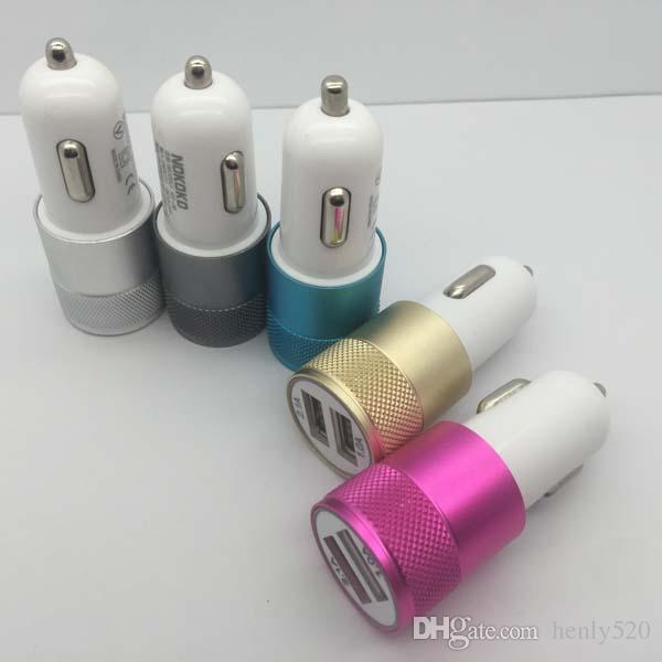 المزدوج العقلية شاحن سيارة محول USB ملون سيارة التوصيل 5V / 2A 2 الموانئ اللباس الموحد فون 6S المزدوج Mversal سيارة التوصيل 5 ألوان YM0065