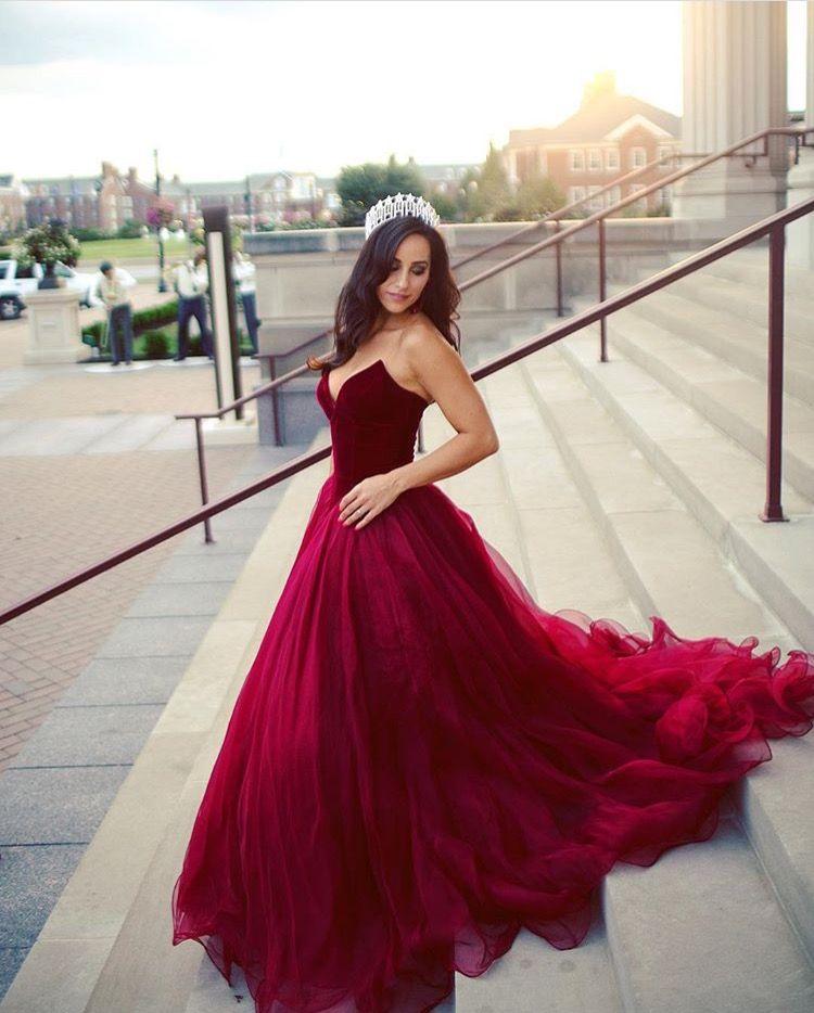 Dark Red Princess Ball Gown Prom Dresses V Neck Strapless Velvet Tulle Formal Evening Dresses Simple Formal Prom Dress Zipper Up