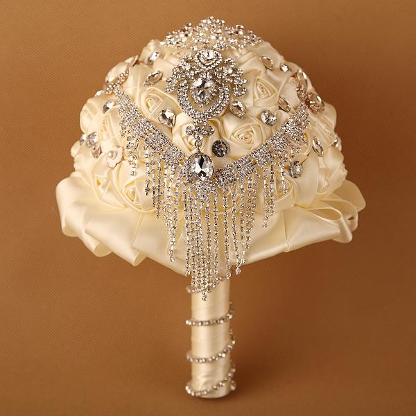 Perfect Ivory Rose Crystal Stones New Wedding Bouquet For Bride Bridal Bridesmaid