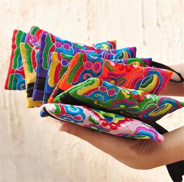 Ulusal Stil Kadın Debriyaj Çanta Kontrast Renk Nakış Çanta Bilek Kayışı Zarif Küçük Mini Cep Telefonu Çantası Cüzdan Benzersiz Tasarım AF397