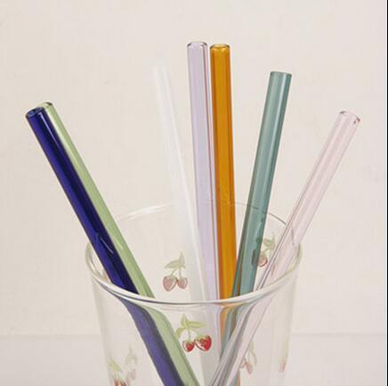 الملونة كوكتيل البورسليكات الزجاج القش 7 بوصة 8MM مضيق شرب القش للحزب