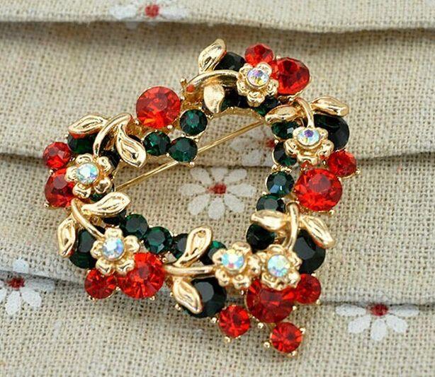 Christmas Xmas Gift Valentine's Gift Rhinestone Crystal Hollow Leaf Flower Garland Love Heart Brooch Pin