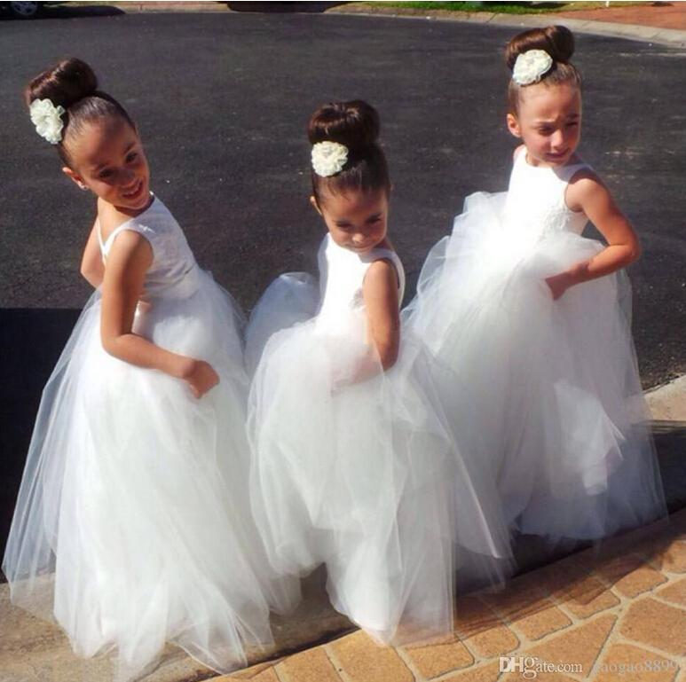 Long Kids Formal With Lace Flower Girls' Dresses 2015 Cute Little White Girls Pageant Girl Bridesmaid Dress Ball Gowns For Party Wedding