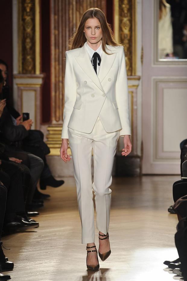 Custom Fashion Ivory Women Tuxedos Suits For Women Peaked Lapel ...