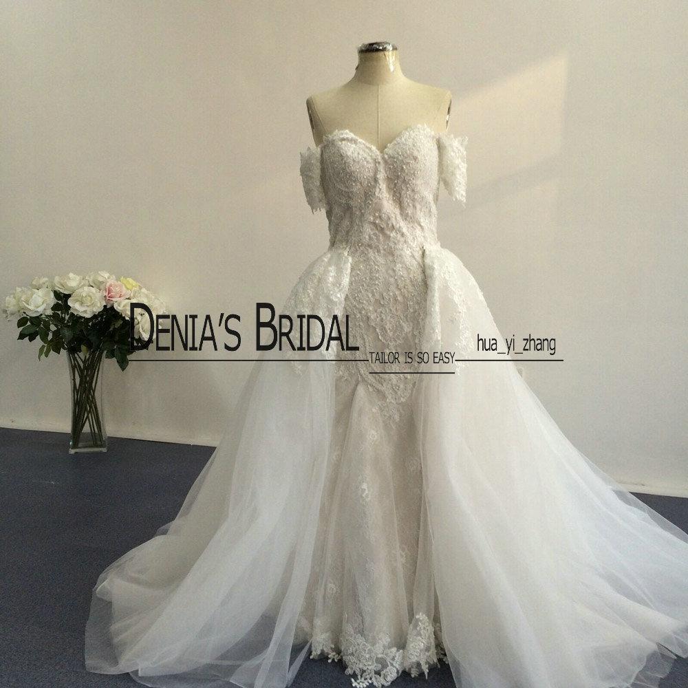 2016 koronki suknie ślubne z odpinaną tiulem overskirt i odpinane krótkie rękawy z koralikami z kości słoniowej nad nagą kolorami ślubnymi